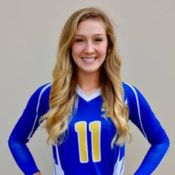Senior Volleyball player Kennedy Smith